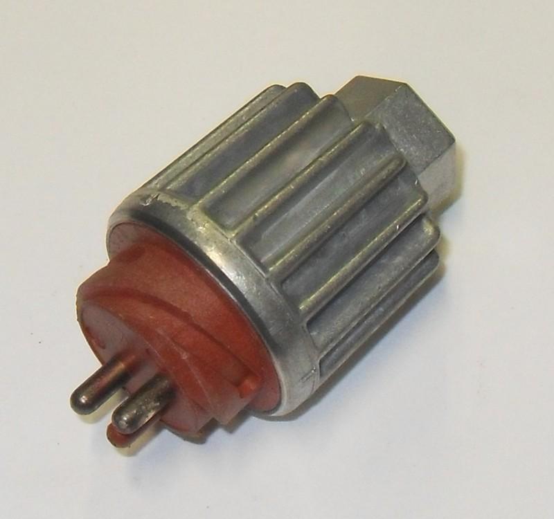 Bremslichtschalter p.f. MAN F2000  81255200152 [030.026-00]