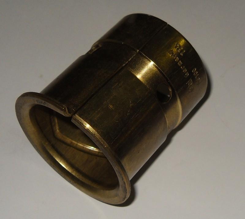 Bremswellenbuchse 45x50x62mm mit Bund [056.000-00]