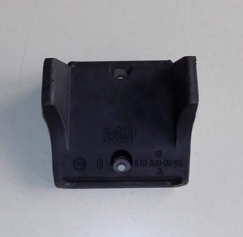 Anschlagpuffer 105x6x80,5/45 p.f. Mercedes 9703200095 [09-000020