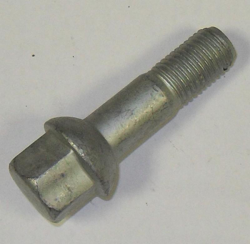Radschraube M12x1,5 p.f. Mercedes 0009901007 [14-000010]