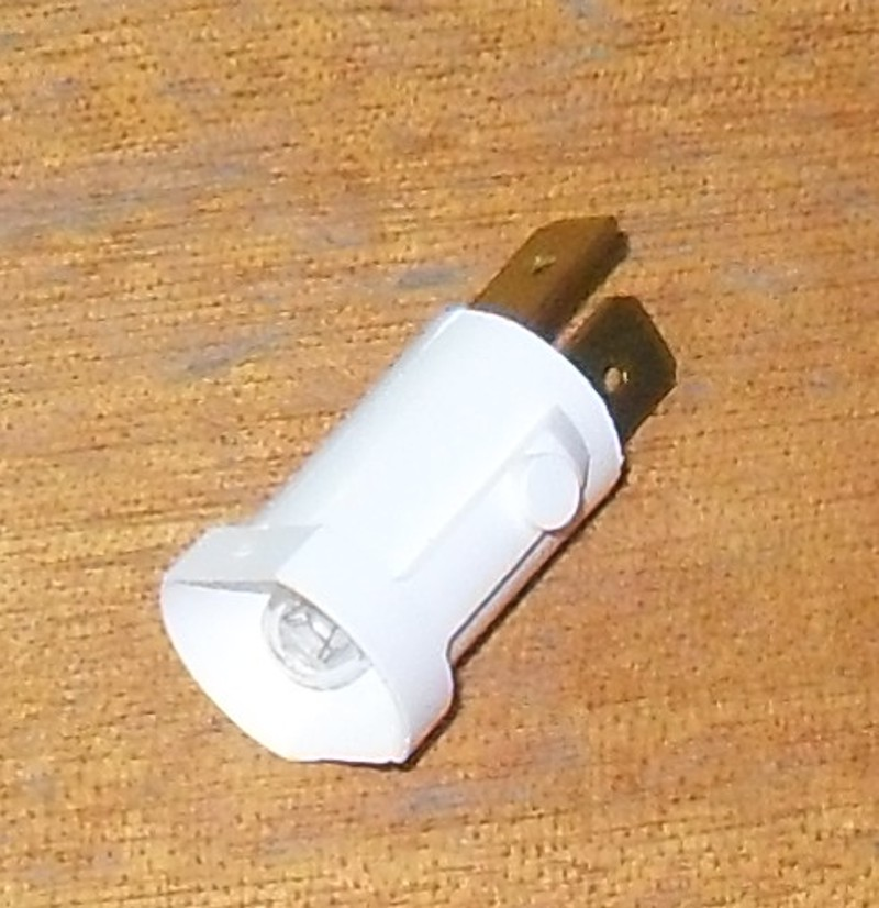 Sockelglühlampe/Kontrolll. p.f. Mercedes 6555440094 [32-000083]