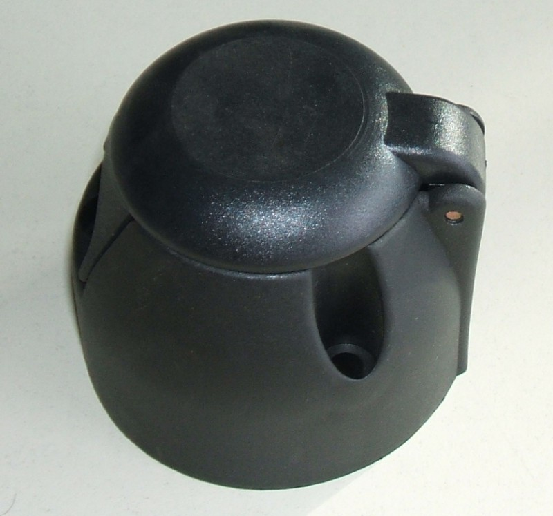 Steckdose 2-polig/Leichtmetall [8JB002281001]