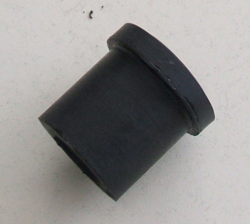 Gummi-Halbbuchse 23x40x44x36 p.f. Toyota [94000057]