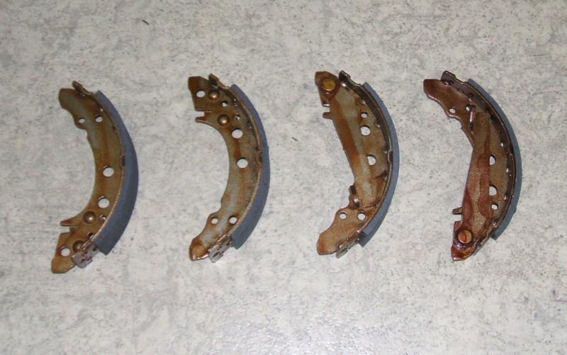 Bremsbackensatz 180x31 p.f. VW 171698525BX [981010182]