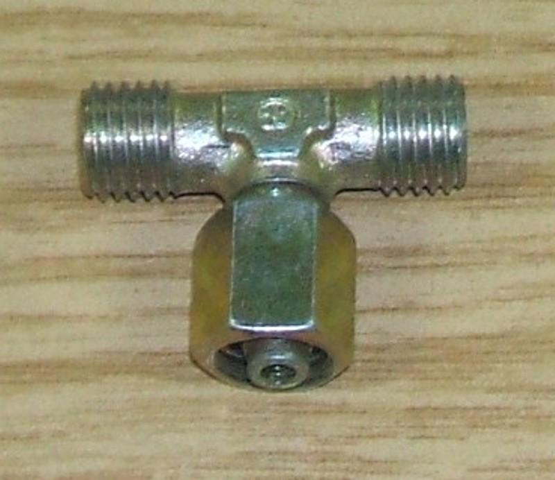T-Stutzen vormontiert M12x1,5 6/6 Rohr [076.645-00]