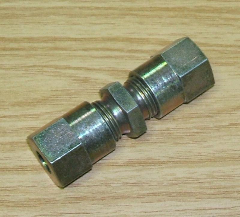 Verschraubung 2x M18x1,5 [4031010]