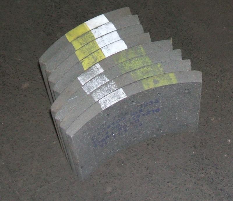 Trommelbremsbelagsatz Asbestfrei p.f. Volvo [176642050DON]