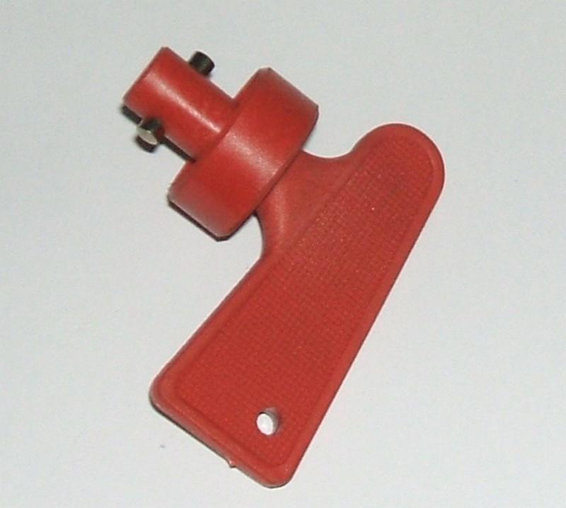Schalthebel Batteriehauptschalter rot [083857921]